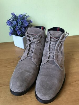 Мужские фирменные ботинки Tommy Hilfiger.