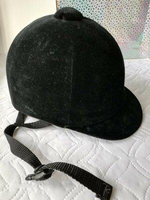 Шлем для наездницы