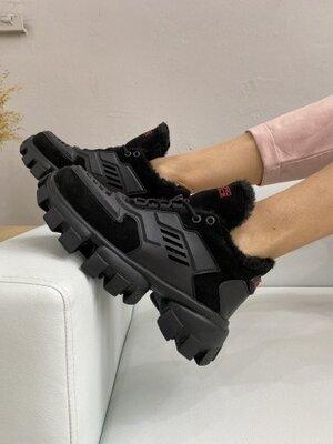 Зимние женские кроссовки Prada Road-style, черные, мех