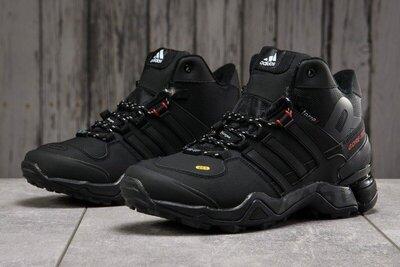 Мужские Зимние Кроссовки Adidas Terrex Winter кожаные,черные.с мехом