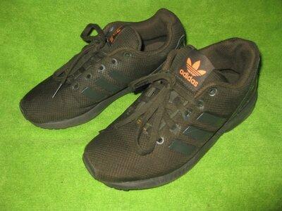 Кроссовки Adidas,р.32-33 стелька 21см