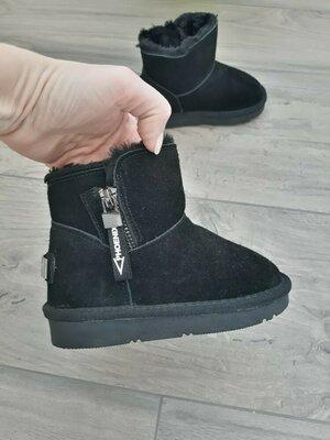 Зимние детские ботинки угги для девочки