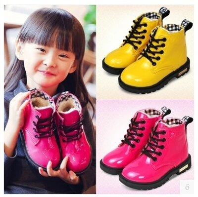 Модные лаковые ботинки на меху д,Мартин.Теплые детские ботинки на зиму Черные Розовые Желтые