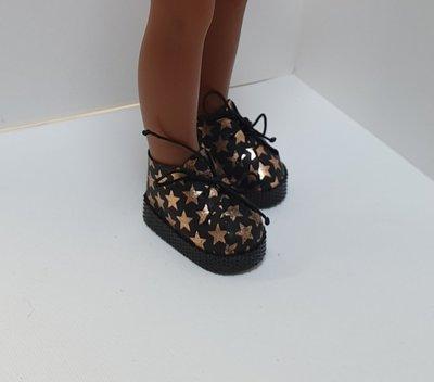 Продано: Обувь и одежда для паола рейна