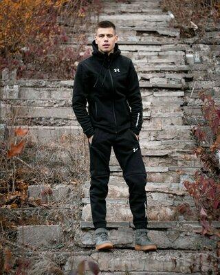 Утеплённый спортивный костюм Under Armour чёрный