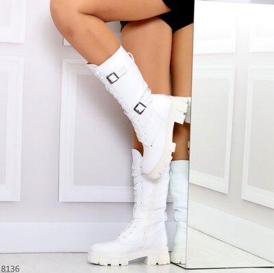 Продано: Женские зимние белые красные полу сапоги сапожки на шнуровке на тракторной подошве