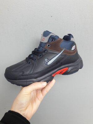 Подростковые кроссовки 36р темно синие с красным