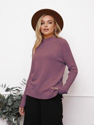 Продано: Женский теплый свитер прямого кроя