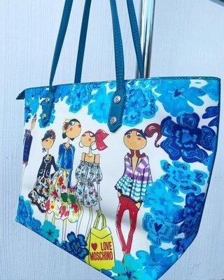 Шикарная сумка love moschino.оригинал