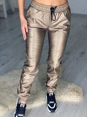 Продано: Модные утепленные джоггеры из эко-кожи
