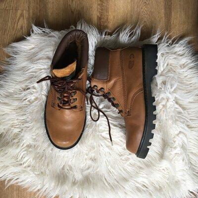 Продано: Натур. кожаные ботинки на шнуровке на тракторной подошве