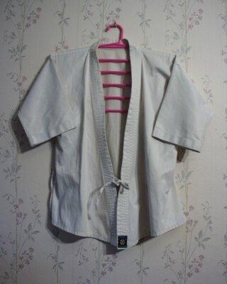Кимоно карате спорт кофта Пог-50 плотный хлопок дешево.