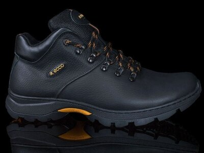 В них будет очень тепло Кожаные мужские зимние кроссовки ботинки с теплым мехом 40-45 р-ры Ecco