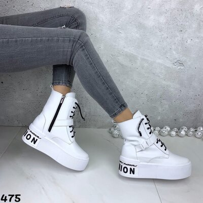 Женские натуральные кожаные зимние чёрные белые ботинки на шнуровке на высокой подошве