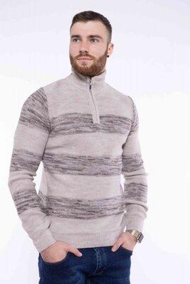 Продано: Мужской свитер с воротом на молнии