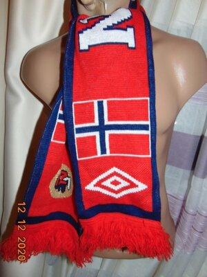 Спортивний фирменний шарфик шарф Норвегия .Umbro.