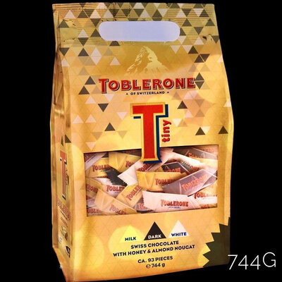 Ассорти шоколадных конфет Toblerone 744 г