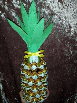 Подарочный набор ананас из конфет