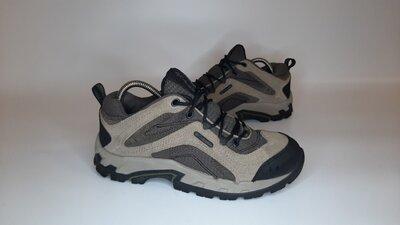 Трекинговые кроссовки,ботинки Columbia Коламбия baracus low, 40р,стелька25,5см, отличное состояние