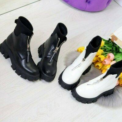 Ботинки женские деми белые черные