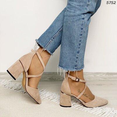 Женские чёрные красные бежевые туфли на ремешках на устойчивом каблуке
