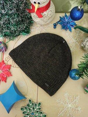 Продано: шапка мужская без отворота. с надписью vivo. на флисе новая черная серая чоловіча шапочка сіра нова