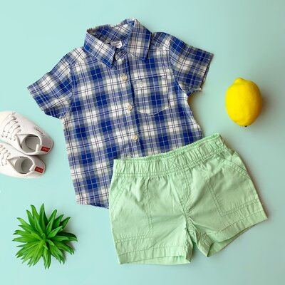 Летний комплект Carters на мальчика шортики и рубашка в синюю клетку