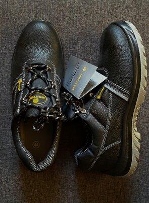ботинки /спецобувь новая Польша 44р защитная обувь