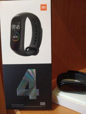 Продано: Фитнес браслет Xiaomi Mi Band 4 NFC бесконтактная оплата в магазинах