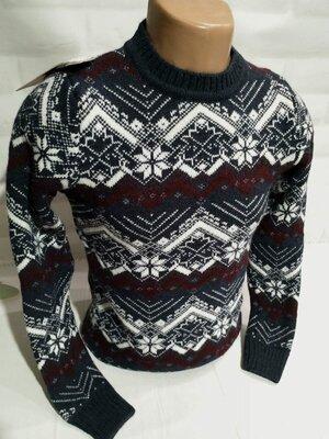 Продано: Модный мужской свитер