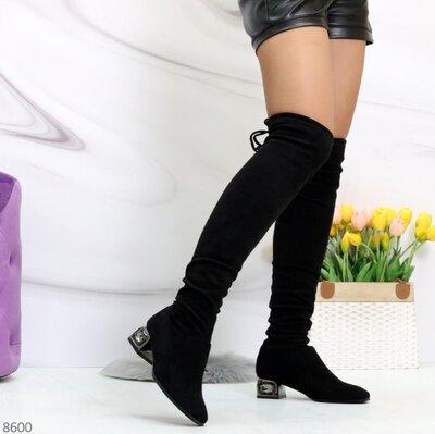 Женские демисезонные чёрные сапоги ботфорты чулки на устойчивом каблуке в камнях