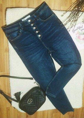 Продам джинсы Zara размер L 30