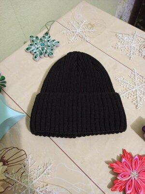 Продано: шапка мужская с отворотом. однотонная черная шапочка. одинарная плотная. флис. Новая чоловіча