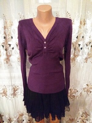 Продано: Фиолетовая теплая кофта кофточка джемпер с вырезом с пуговицами на груди длинный рукав