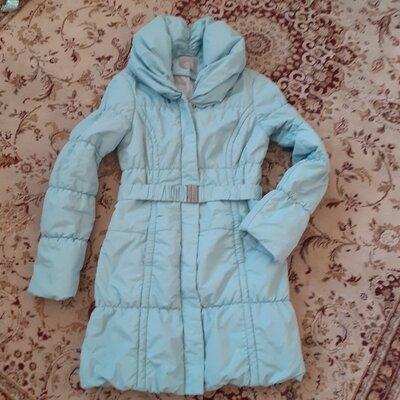 Продано: Зимняя куртка Orsay бирюзового цвета Размер 38.