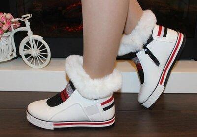 Ботинки женские белые зимние С974З