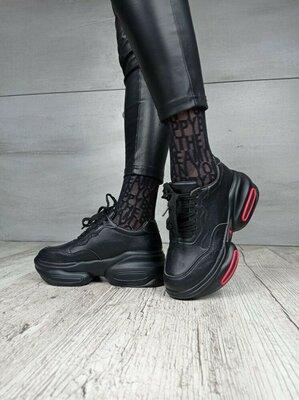 Продано: Стильные женские кроссовки черные