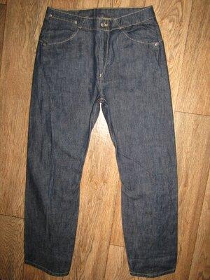 Продано: мужские джинсы укороченые джинсы р-р 30-31 бренд Levis