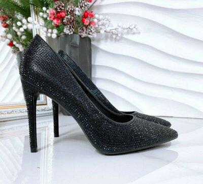 Продано: Черные туфли лодочки из страз на шпильке