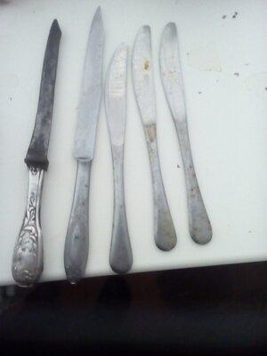 2 мельхиоровых ножа дореволюционный и Ссср