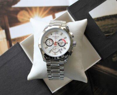 Часы Tissot Couturier Chronograph 42 mm Silver