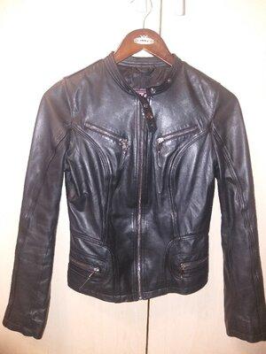 Натуральная кожанная куртка. S. Турция