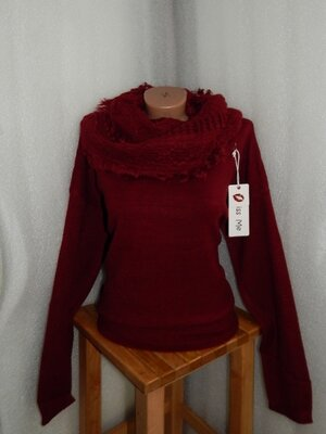 22.02 последнее получение 54-56 свитер шарф большой размер дешво.Чудесное качество.