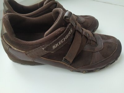 Мужские кроссовки 39 р