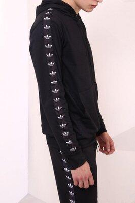 Худи чёрный с чёрно-белыми лампасами Adidas