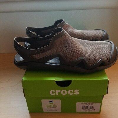 Сандалии мужские crocs mens swiftwater mesh wave, цвет aspresso, сабо, крокс,