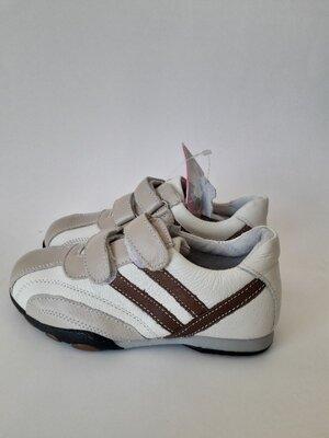 Кроссовки кожаные ботинки для мальчика туфли кожаные на липучке