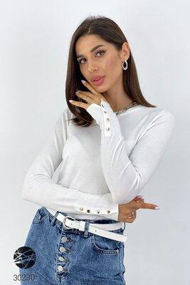 Женский джемпер однотонный белый с пуговицами на рукавах Кофта біла однотонна жіноча