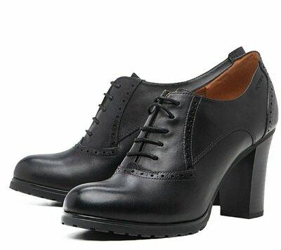 Туфли ботильоны ботинки на блочном каблуке со шнуровкой geox respira этикетка Италия натуральная кож