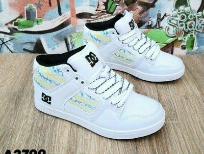 Продано: Деми хайтопы р. 36-40 белые Высокие кроссовки кеды